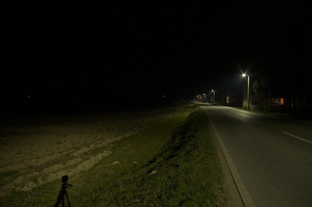 Što se dogodi kada nakosite rasvjetno tijelo koje bi trebalo biti postavljeno horizontalno? Osvjetlite polja preko puta.